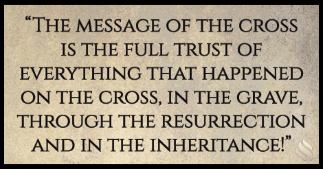 Why is the power of God manifested in the preaching of the cross?
